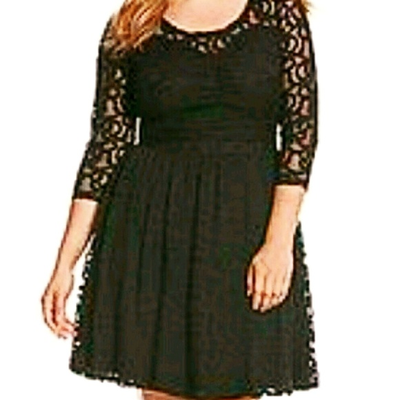 87b4e0de91560 LANE BRYANT BLACK LACE DRESS sz 16. NWT